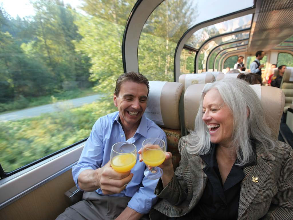Rocky Mountaineer GoldLeaf Dome
