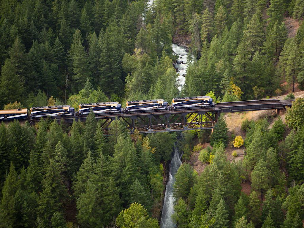 Rocky Mountaineer Train, Kwoiek Creek